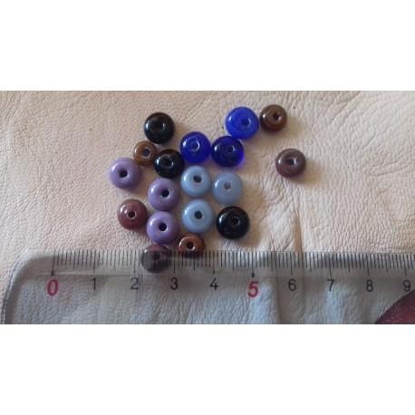 18 perles de verre