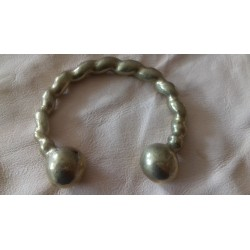 Bracelet torque