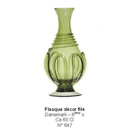 Flasque avec décor filet